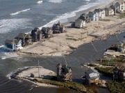 Hurricane Irene wrecks havoc, kills 31, but has negligible impact on renewables