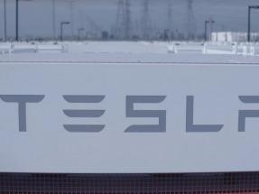 Tesla, Southern California Edison unveil world